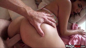 ينتج أحاسيس قوية في المنزل للرجال الذين يرغبون في ممارسة الجنس الشرجي