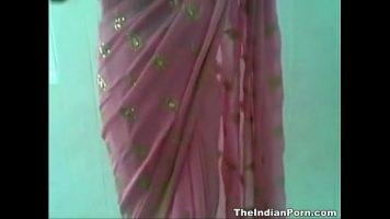 الهندي الذي يمارس الجنس مع رجل يحب أن يتم تصويره في هذه اللحظات